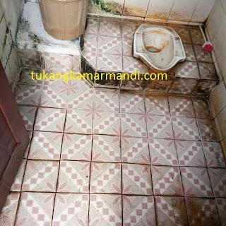 cleaning service salon kamar mandi