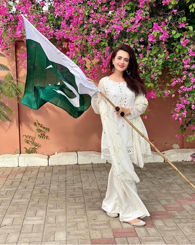 Pakistani Showbiz Stars Celebrating 14th August 2020