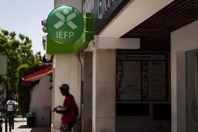 https://www.publico.pt/2017/05/01/economia/noticia/iefp-abre-segundo-concurso-para-apoiar-contratacao-de-desempregados-1770615