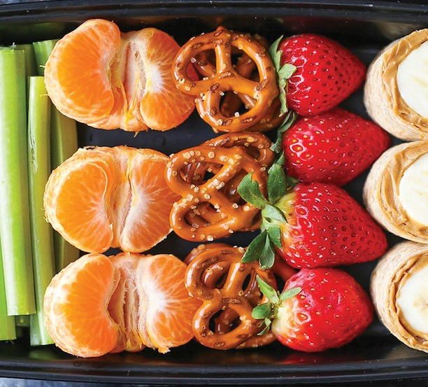 PEANUT BUTTER AND BANANA ROLL UPS SNACK BOX #healthylunch #diet