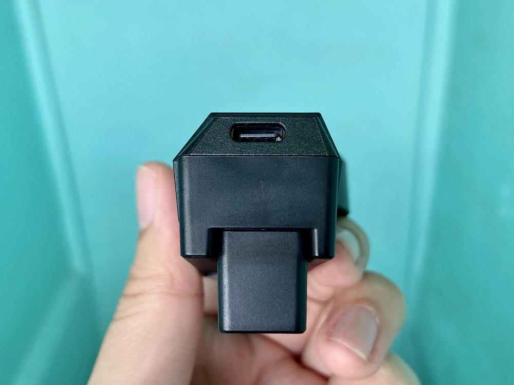 realme Cooling Back Clip - USB Type-C Port