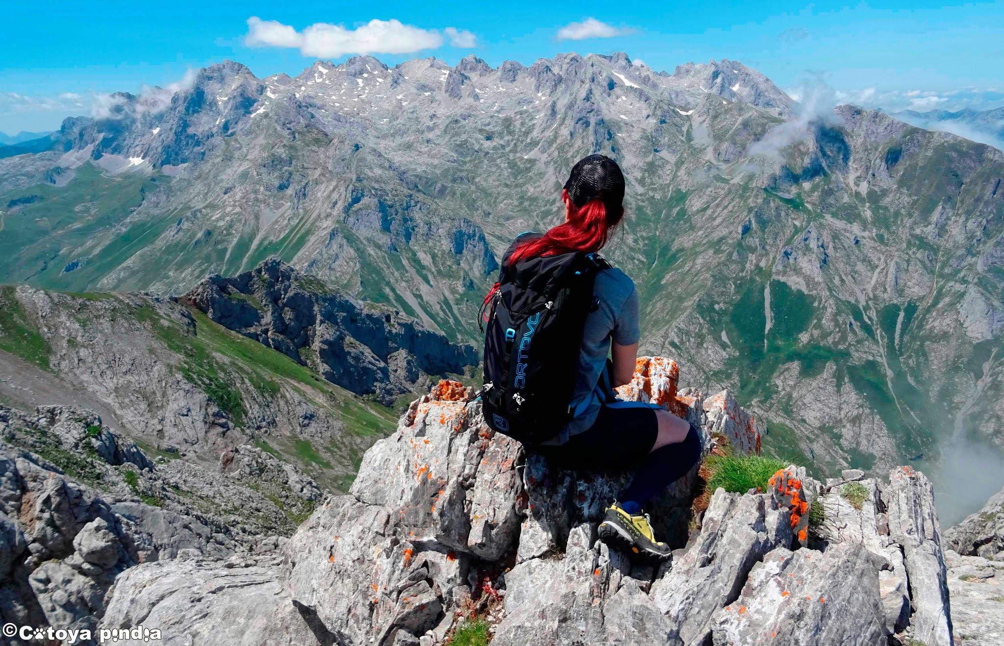 Vistas del Macizo Central de Picos de Europa desde el Oriental