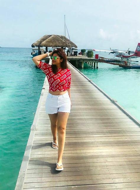 Actress Parineeti Chopra Enjoying in Maldives Actress Trend