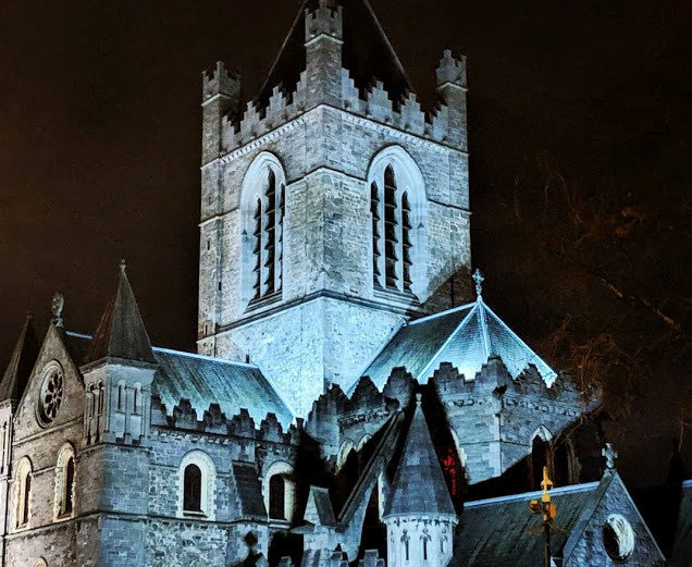 Viking Tour Dublin: Christ Church Cathedral at night