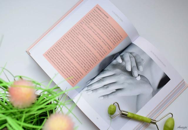 książka urodowa