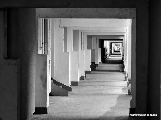 Warszawa Warsaw Przyczółek Grochowski architektura linearna architecture Oskar Hansen Zofia lata 60 lata 70