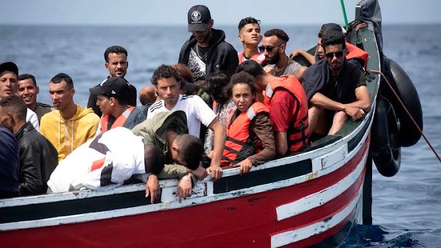 ¿Cuál es el papel de los medios de comunicación al hablar de inmigración en España?