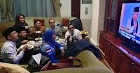 Duduk Dekat Perempuan dan Ngaji Sambil Nonton Debat Ala Yusuf Mansur