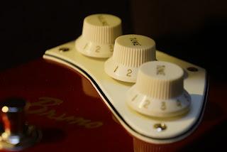 Bruno Guitars BDL-1 ピックガード エフェクター