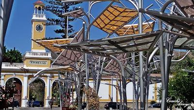 Puerta del Arsenal en Cartagena la unica que se conserva de las murallas del siglo XVIII. El gran complejo sigue activo pertene a la Armada