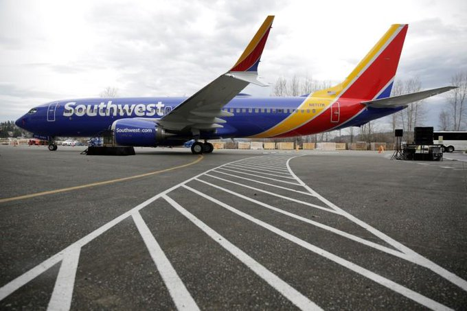 Radio Conversations Between Austin ATC And Southwest B737 Pilot That Hit & Killed A Person On Runway