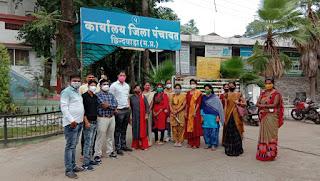 महात्मा गांधी ग्राम सेवा केंद्र परियोजना में नहीं मिल रहा मानदेय