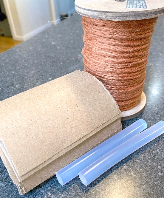 Supplies needed for DIY Jute Carrots for Spring
