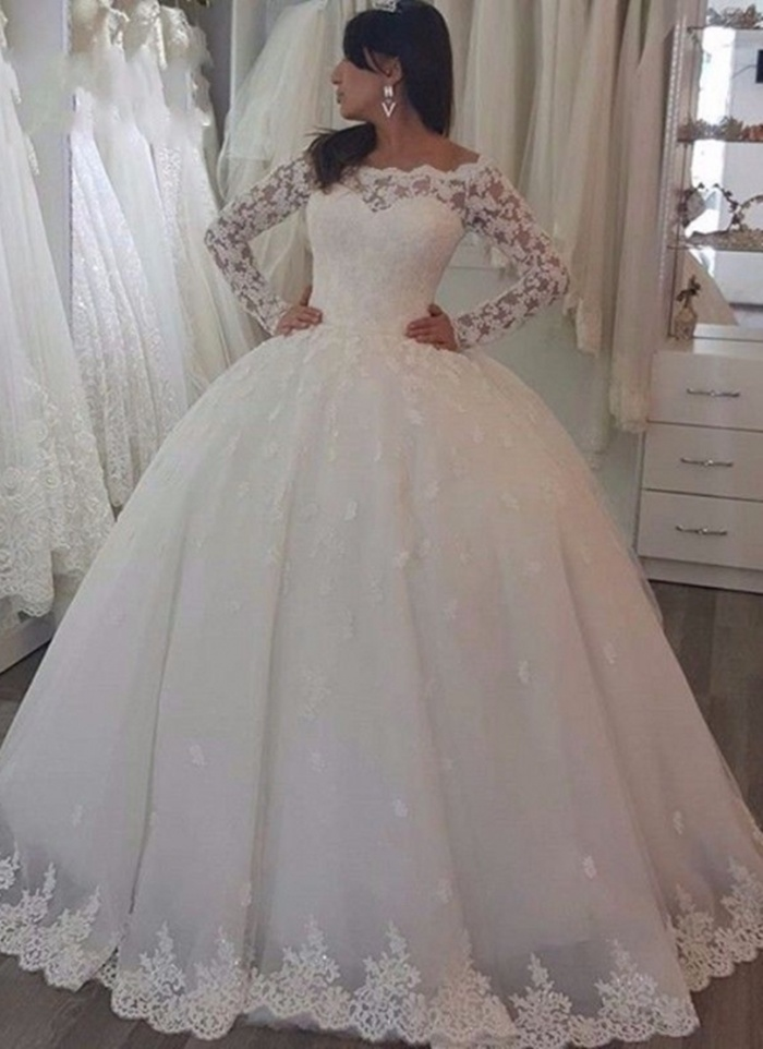 https://www.babyonlinedress.co.uk/luxury-lac-ball-gown-wedding-dresses-off-the-shoulder-long-sleeves-tulle-bridal-gowns-g110278?utm_source=blog&utm_medium=barb&utm_campaign=post&source=barb