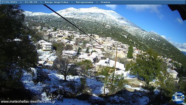Η σημερινή εικόνα της χιονισμένης Καρυάς στην Αργολίδα