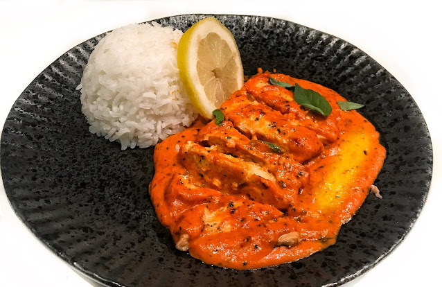 Salmon in Bell Pepper Sauce