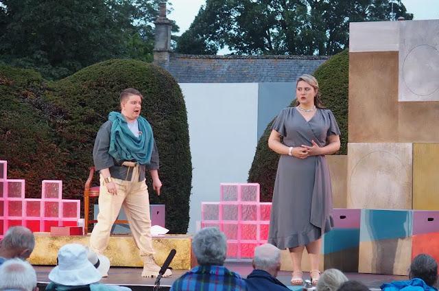 Gluck: Paride ed Elena - Ella Taylor, Lucy Anderson - Bampton Classical Opera (photo Jeremy Gray)