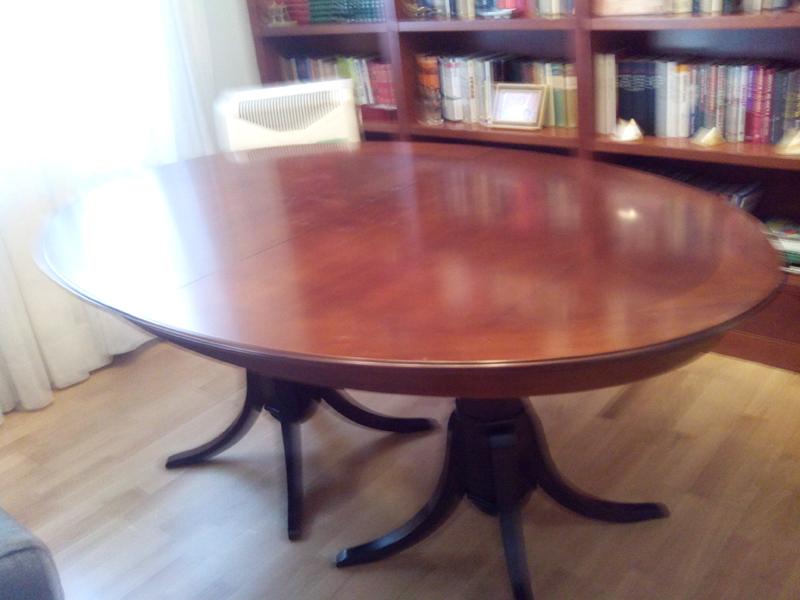 Reparación y barnizado de mesa de comedor