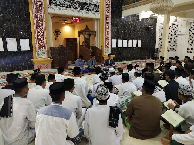 Ratusan Anak Penghafal Al-Qur'an di Wajo Terima Santunan