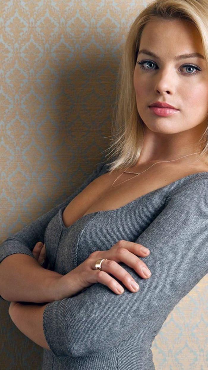 Actress Margot Robbie Wallpapers