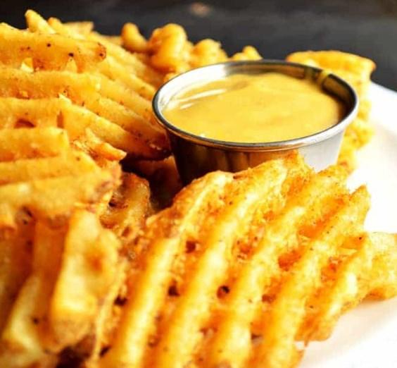 {Copycat} Chick-Fil-A Sauce #appetizers #snacks