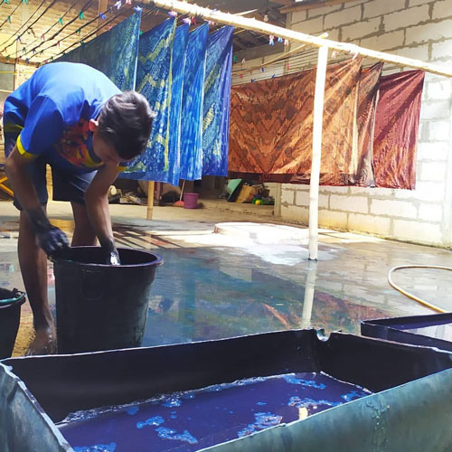 Proses Pembuatan Pewarna Batik - Dok KBA Tegalrejo Gedangsari