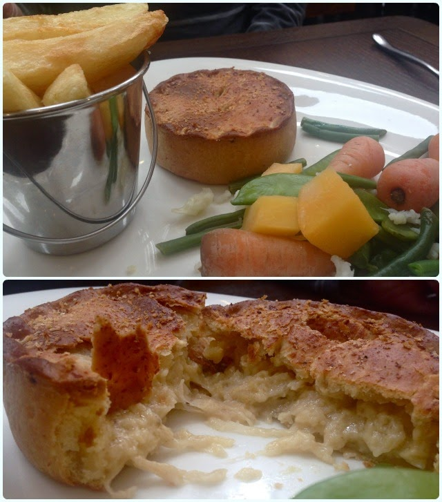 The Pack Horse, Affetside - Cheese and Onion Pie