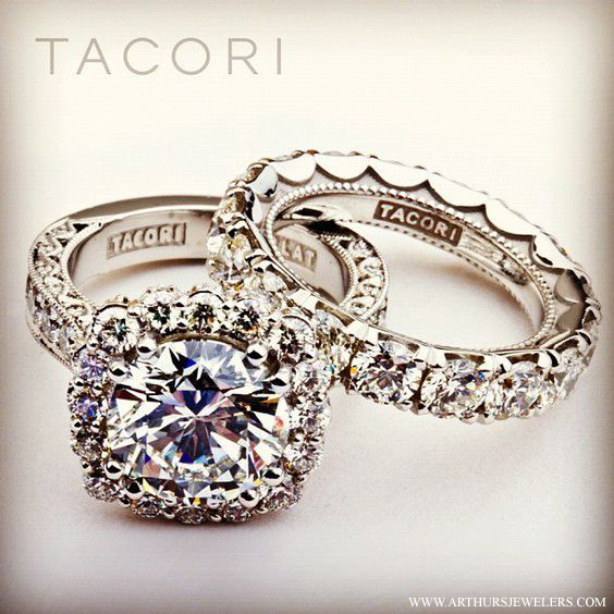http://www.arthursjewelers.com/top-pinterest-engagement-rings.aspx