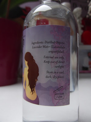 Akamuti Bio levanduľová voda zloženie