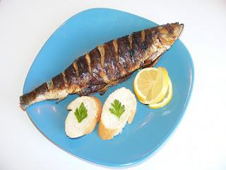 preparate din peste, peste la gratar, scrumbie, sardina, mancaruri cu peste, retete de mancare,