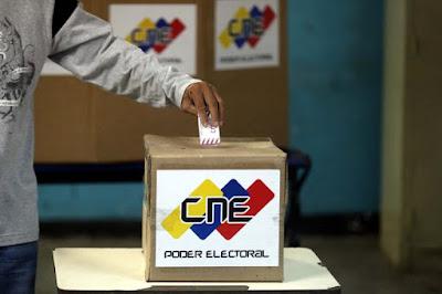 """Estados Unidos aseguró este lunes que las elecciones regionales de este domingo en Venezuela no fueron libres ni justas, y advirtió de que seguirá presionando """"económica y diplomáticamente"""" a la """"dictadura"""" de Nicolás Maduro para que se """"restaure la democracia"""" en el país, reseñó EFE."""