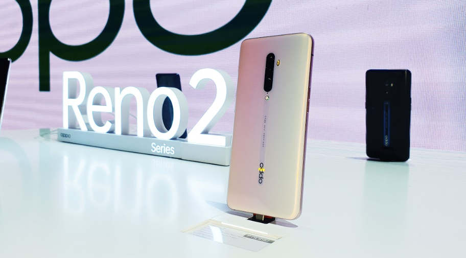 The OPPO Reno2 in Sunset Pink