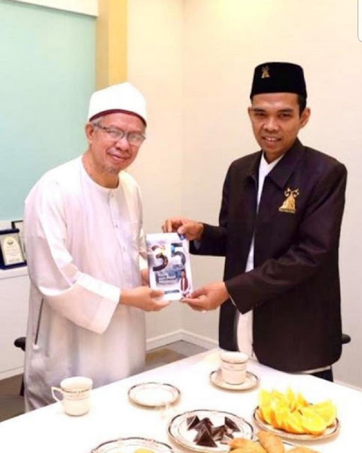 Ustadz Abdul Somad Membatalkan Semua Agenda Ceramahnya