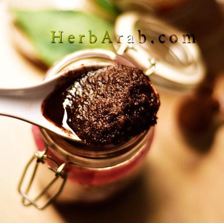 سكراب القهوة بالسكر وجوز الهند لتبييض الجسم