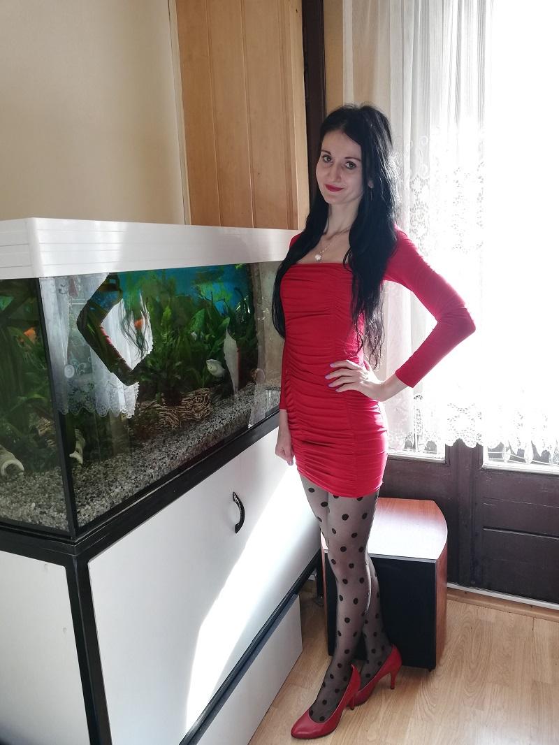 Femme Luxe Finery czerwona sukienka bodycon