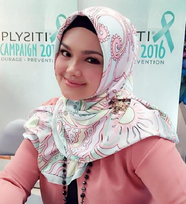 Dikritik Menyanyi Di Smule, Inilah Jawapan 'Pedas' Siti Nurhaliza Bikin Orang Tergaman!