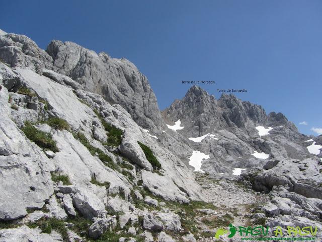 Vista de la Torre de la Horcada y Torre de Enmedio