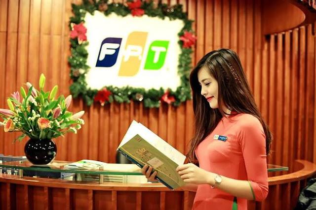 Hot Girl FPT Hà Nội Xinh Tươi Đón Noen