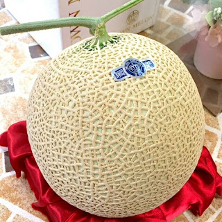 Buah Crown Melon