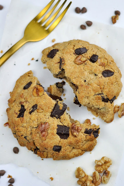 Maxi Cookie Fit de Nueces y Chocolate
