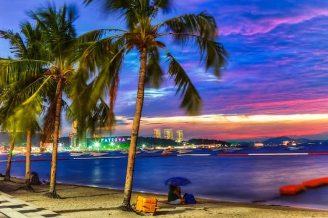 Pattaya_Beach_Thailand_must_see_1