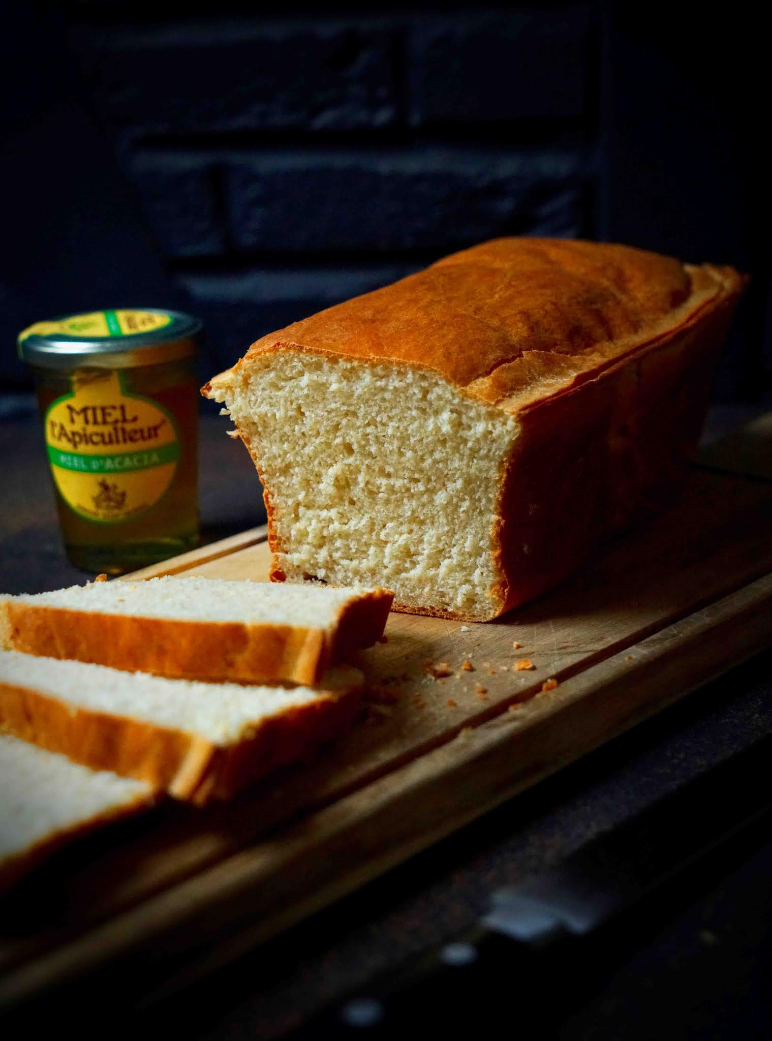 pain de mie maison , pain moelleux ,farine épeautre