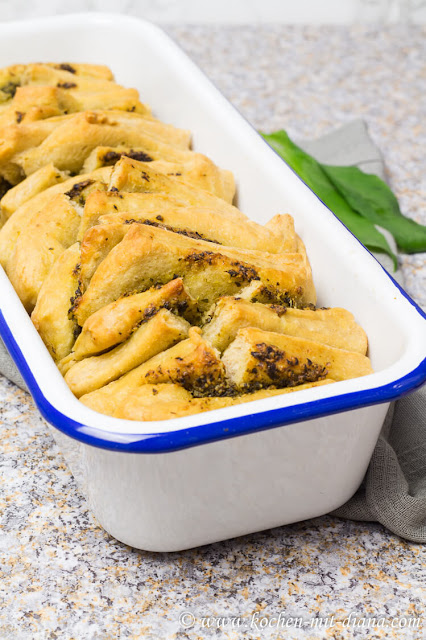 Pull apart bread with wild garlic pesto