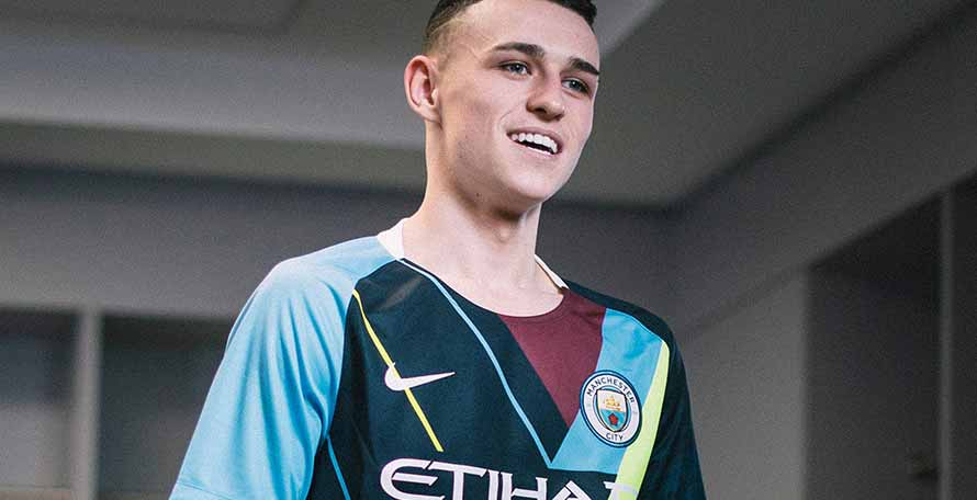 5276aaf63b2 Nike Manchester City  Celebration  Mashup Jersey Released - Footy ...