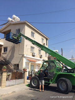 fork lift truck to instal an air conditioner in Cyprus