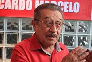 Senador José Maranhão permanece na UTI, respira sem aparelhos e tem quadro estável