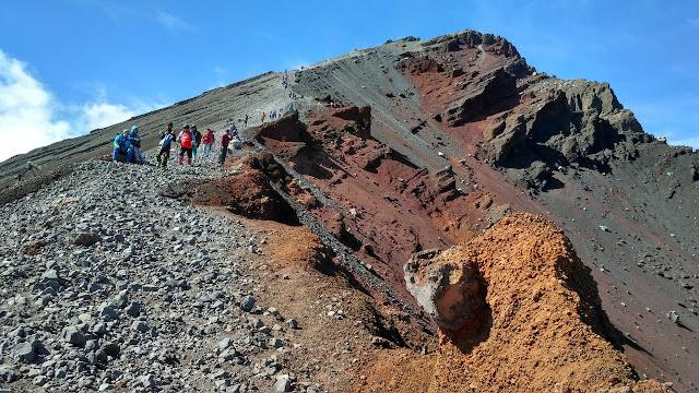 Cеrіtа Junаіdі: Kronologi Penemuan Mауаt Wаnіtа dі Jalur Pеndаkіаn Gunung Rіnjаnі
