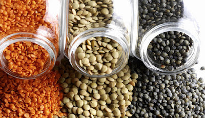 Vitamin part of lentils - for the most part consists of vitamin B group - vitamin B1 and vitamin B9. There is also a high content of beta carotene and vitamin A.