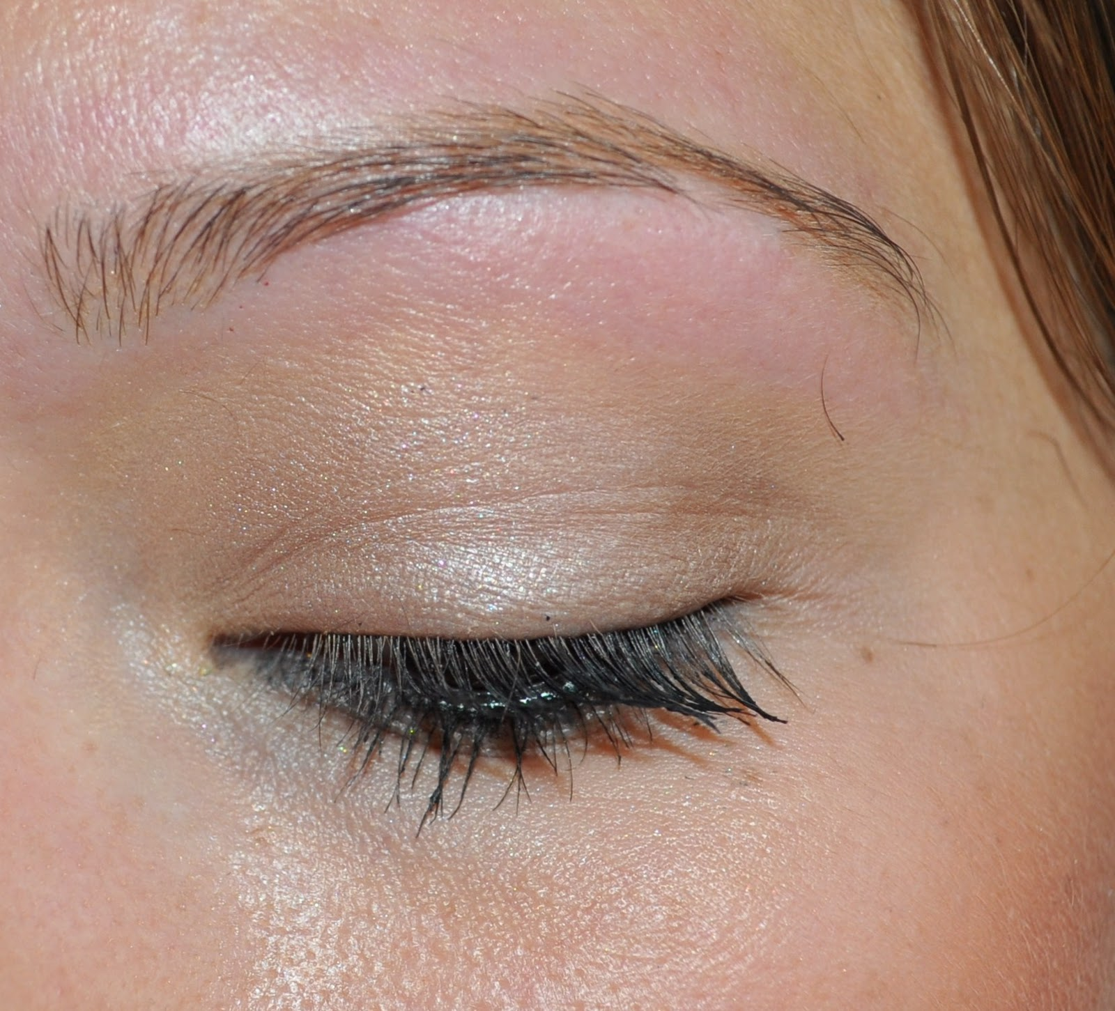 My first experience of eyebrow threading.. - Dizzybrunette