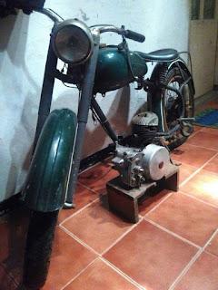 Bahan Motor Klasik Sparta Villers 1953